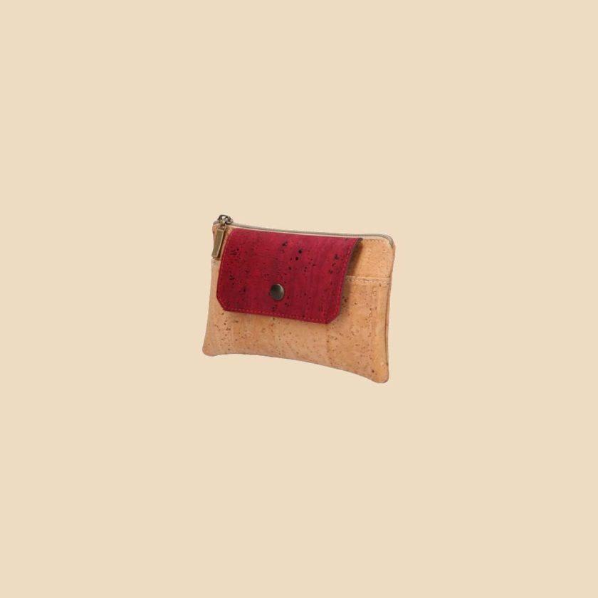 Portefeuille en liège modèle Dokkaebi vue trois quarts couleur rouge