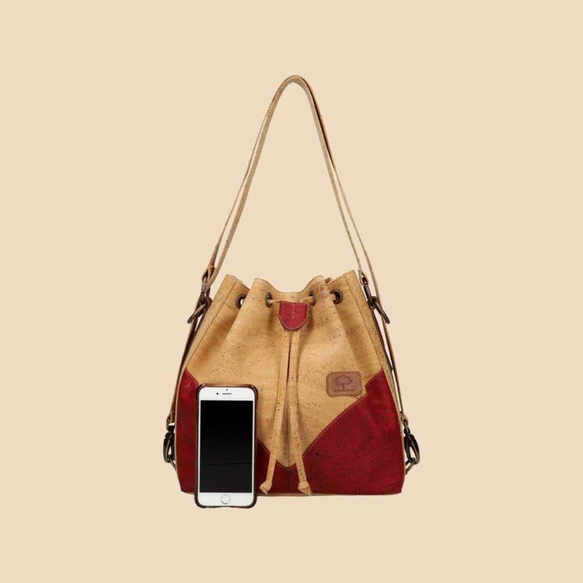 Sac à main en liège modèle Clytia vue téléphone couleur rouge