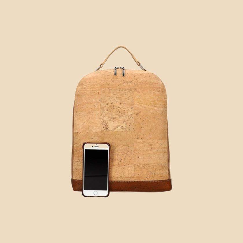 Sac à dos en liège modèle Buck vue téléphone couleur marron
